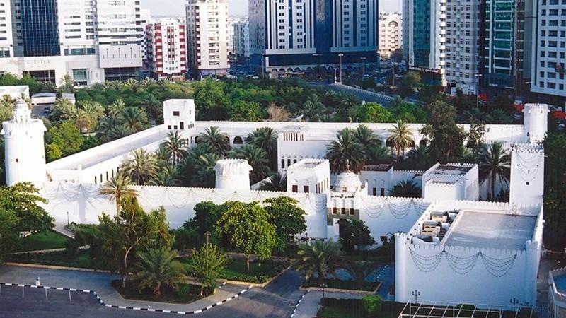 Белый форт в Абу-Даби