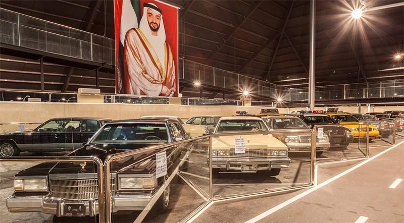 автомобильный музей в Абу-Даби
