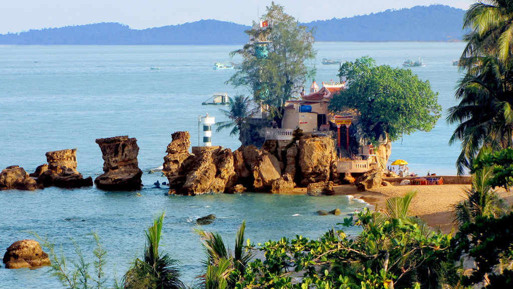 Храм Динь Кау Рок
