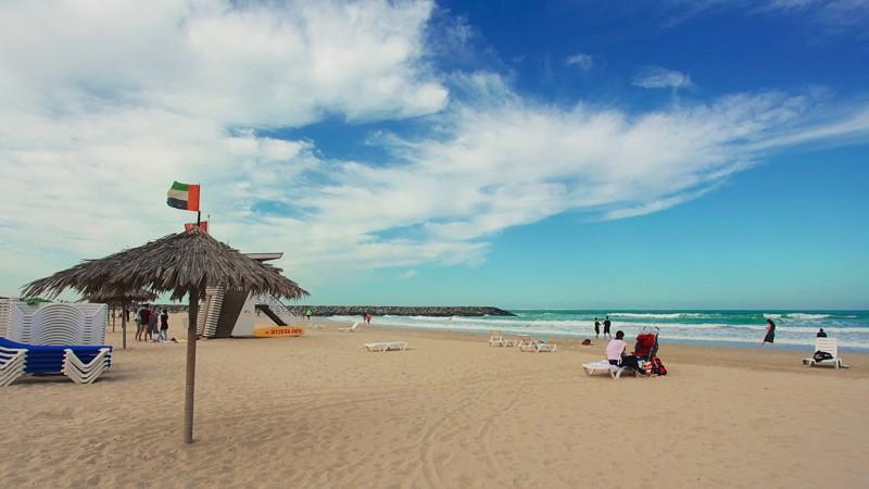 городской пляж Аль-Хан в Шардже