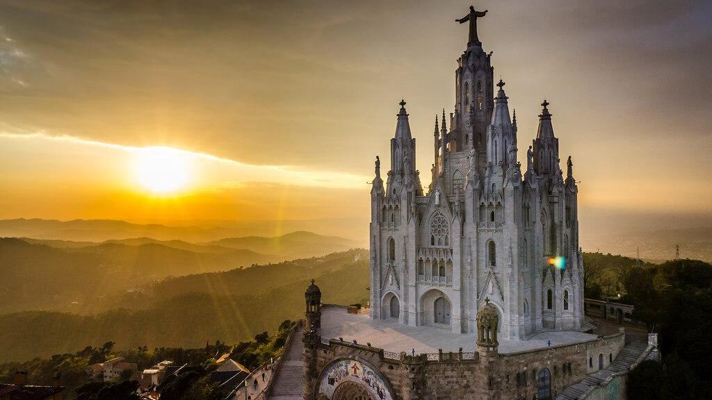 Холм Тибидабо в Барселоне