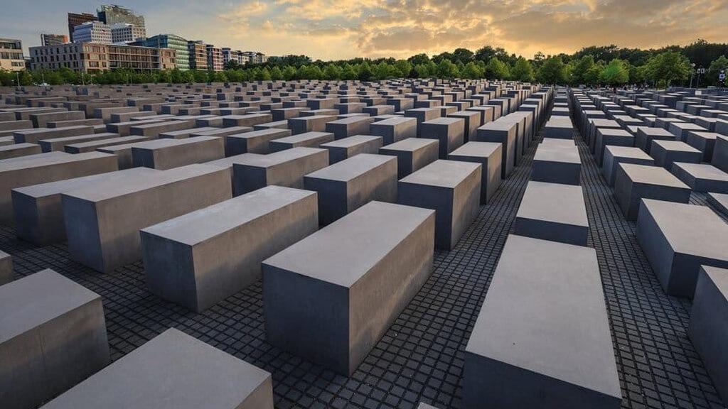 Мемориал памяти жертв Голокоста в Берлине