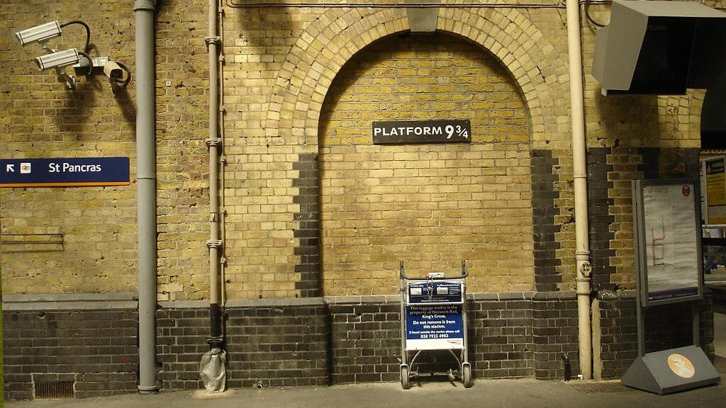 Платформа 9 ¾ в Лондоне