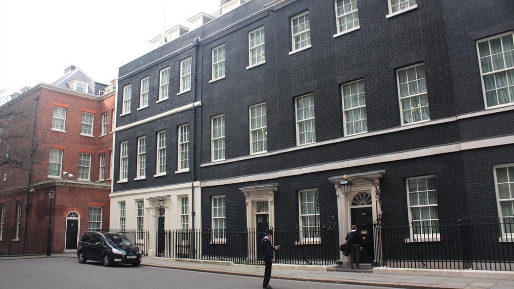 Резиденция премьер-министра Великобритании в Лондоне