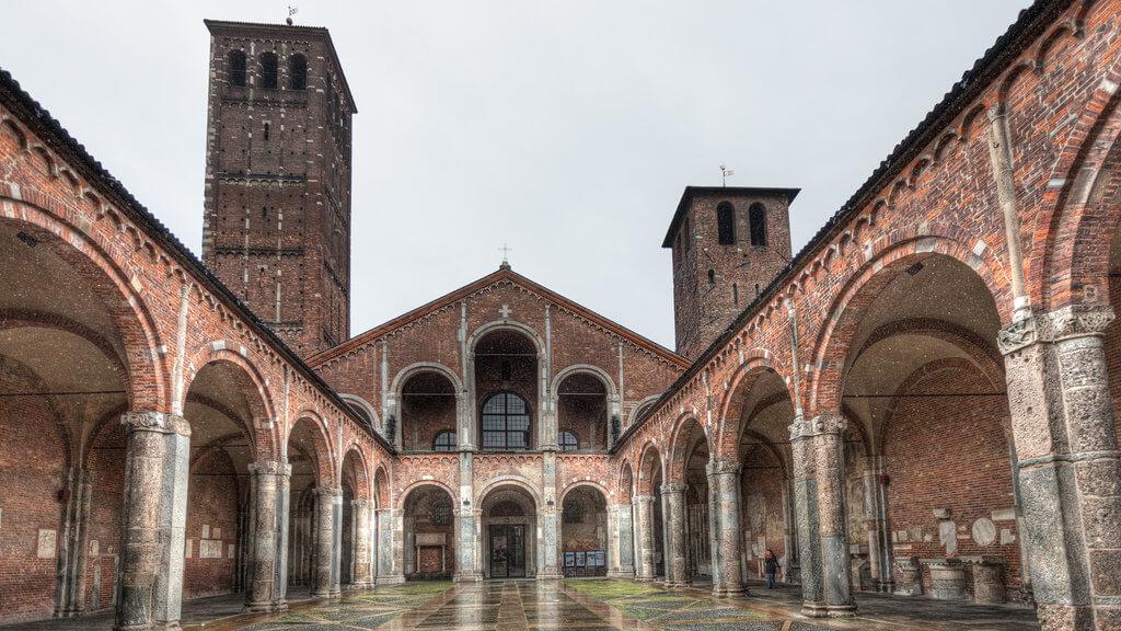 Базилика Святого Амвросия в Милане