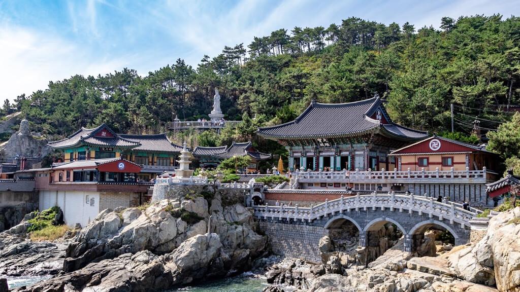 Храм Помоса в Сеуле