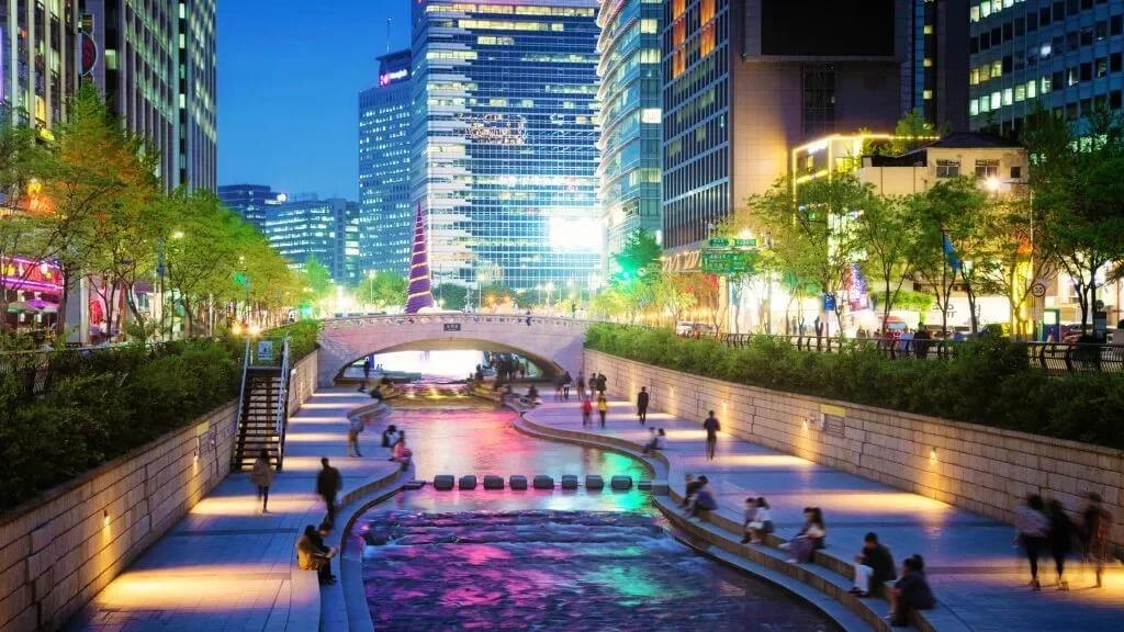 Чхонгечхон в Сеуле