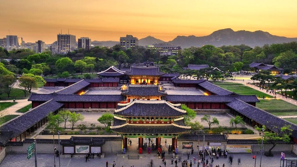 Дворец Чхандоккун в Сеуле