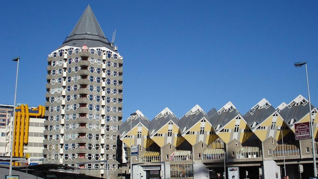 Дом-карандаш в Роттердаме
