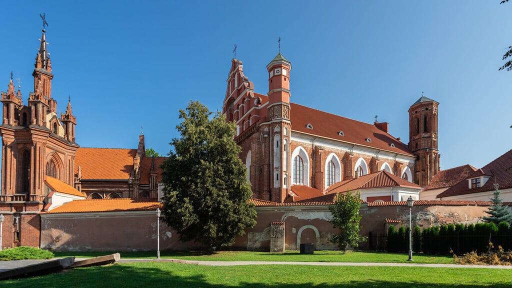церковь святых франциска и бернарда в Вильнюсе