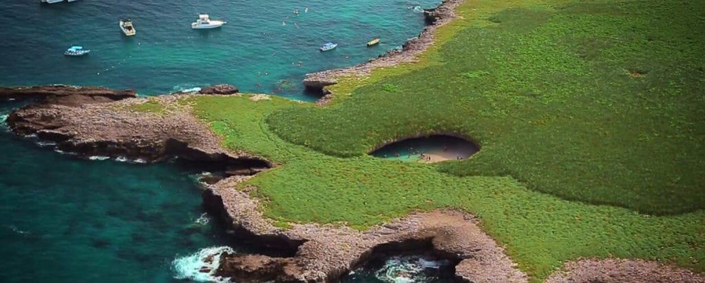 где находится скрытый пляж острова Мариетас
