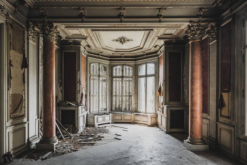 Заброшенный замок, Франция
