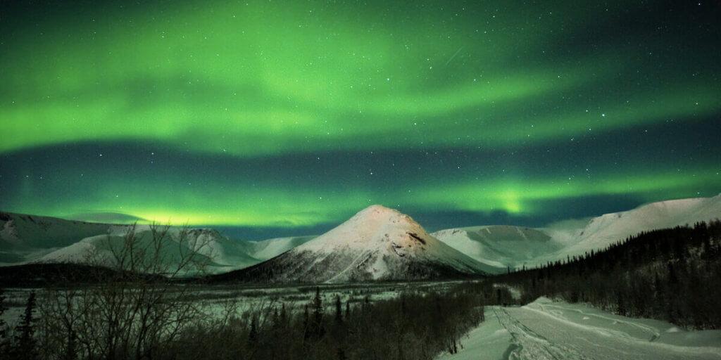 Где наблюдать северное сияние в Мурманске
