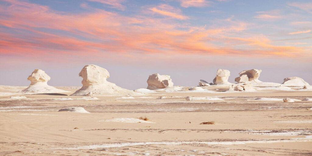 Белая Пустыня Египта на закате