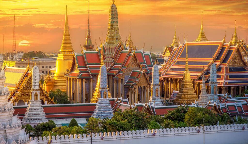 храм Ват Пхра Кео в Бангкоке