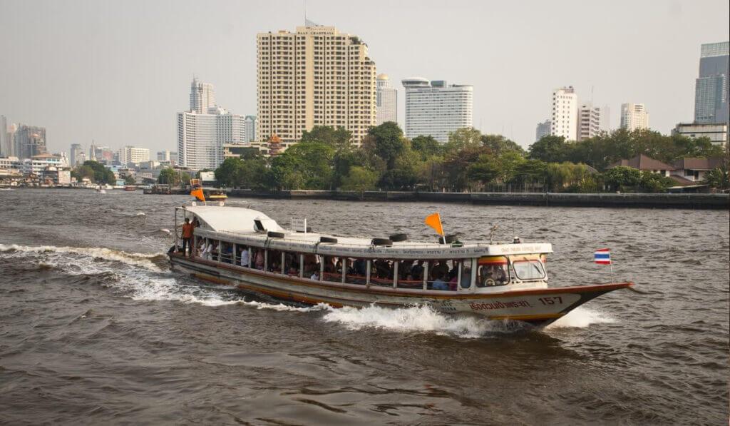 речное такси в Бангкоке
